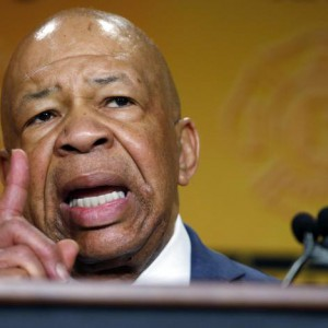 U.S. Rep. Elijah Cummings (D-MD) speaks at the IAFF Legislative Conference and Presidential Forum in Washington, March 9,  2015.   REUTERS/Kevin Lamarque  (UNITED STATES - Tags: POLITICS)