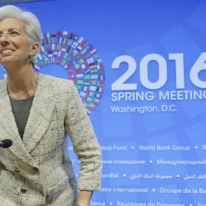 International Monetary Fund Managing Director Chirstine Lagarde arrives at a news conference during the 2016  World Bank-IMF Spring Meeting in Washington on April 14, 2016.      REUTERS/Joshua Roberts