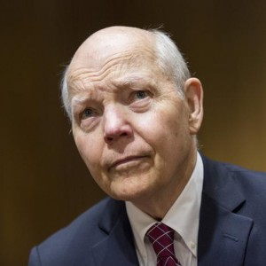 "IRS Commissioner John Koskinen prepares to testify before a Senate Finance Committee hearing on ""Internal Revenue Service Data Theft Affecting Taxpayer Information"" on Capitol Hill in Washington June 2, 2015.      REUTERS/Joshua Roberts"