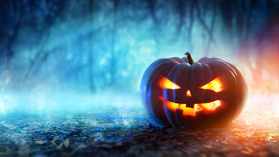 booooost your halloween email marketing campaigns with these 7 spooktacular tips infographic