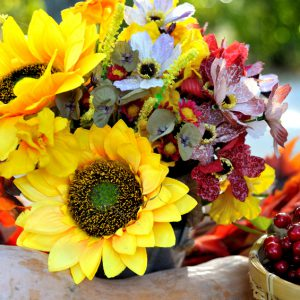 Autumn Bouquet, colorful autumn decoration, sunflower and berries