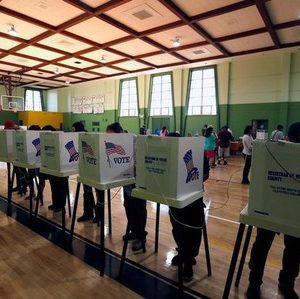 People vote at the Evergreen Recreation Center during the 2016 presidential election in the Boyle Heights area of Los Angeles, California, U.S., November 8, 2016.  REUTERS/Mario Anzuoni